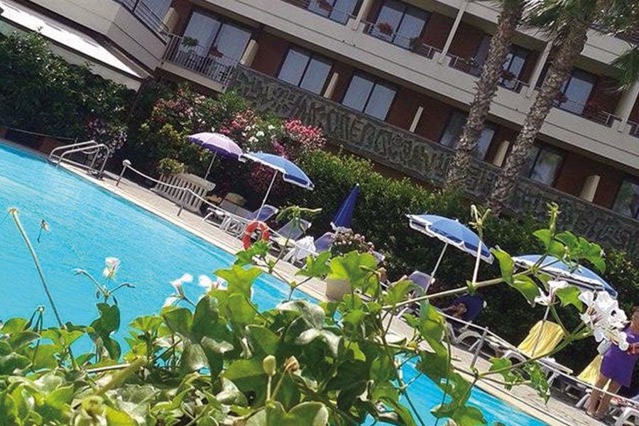 Offerte hotel Sicilia mezza pensione - voucher 3 notti per 2 con 49,99