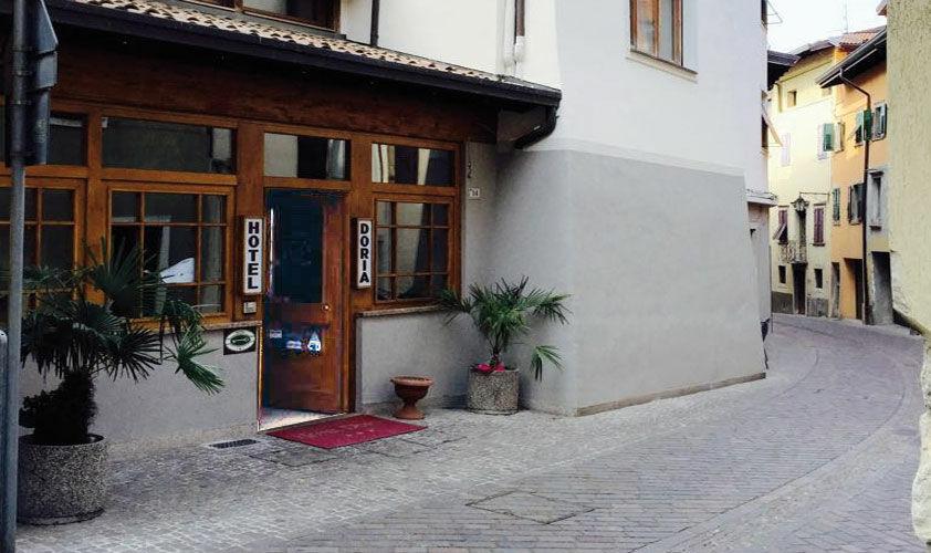 Offerte hotel Lago di Garda mezza pensione - voucher 3 notti per 2 ...