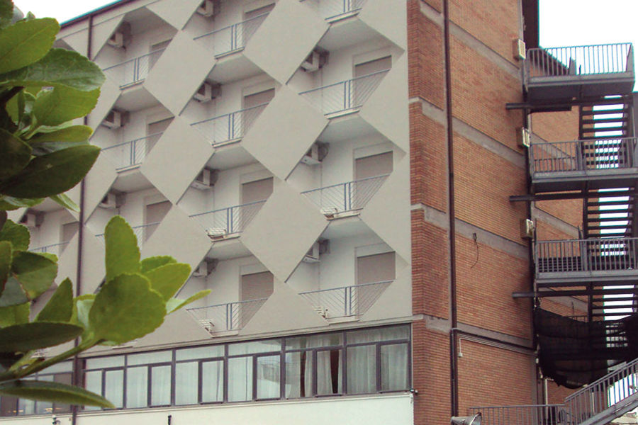 Offerte hotel Emilia Romagna mezza pensione - voucher 3 notti per 2 ...